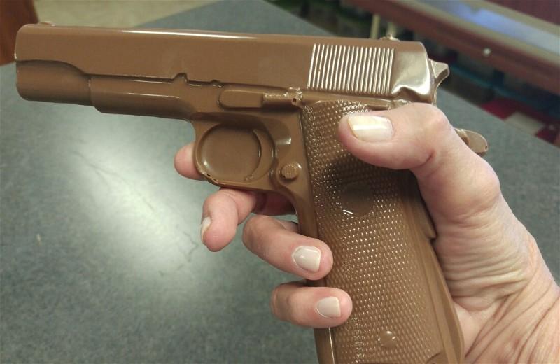 Gun large